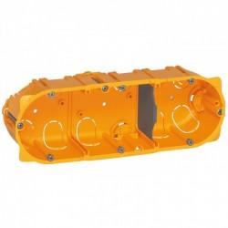 Flush mounting box Batibox, 3 gang, depth 40 mm
